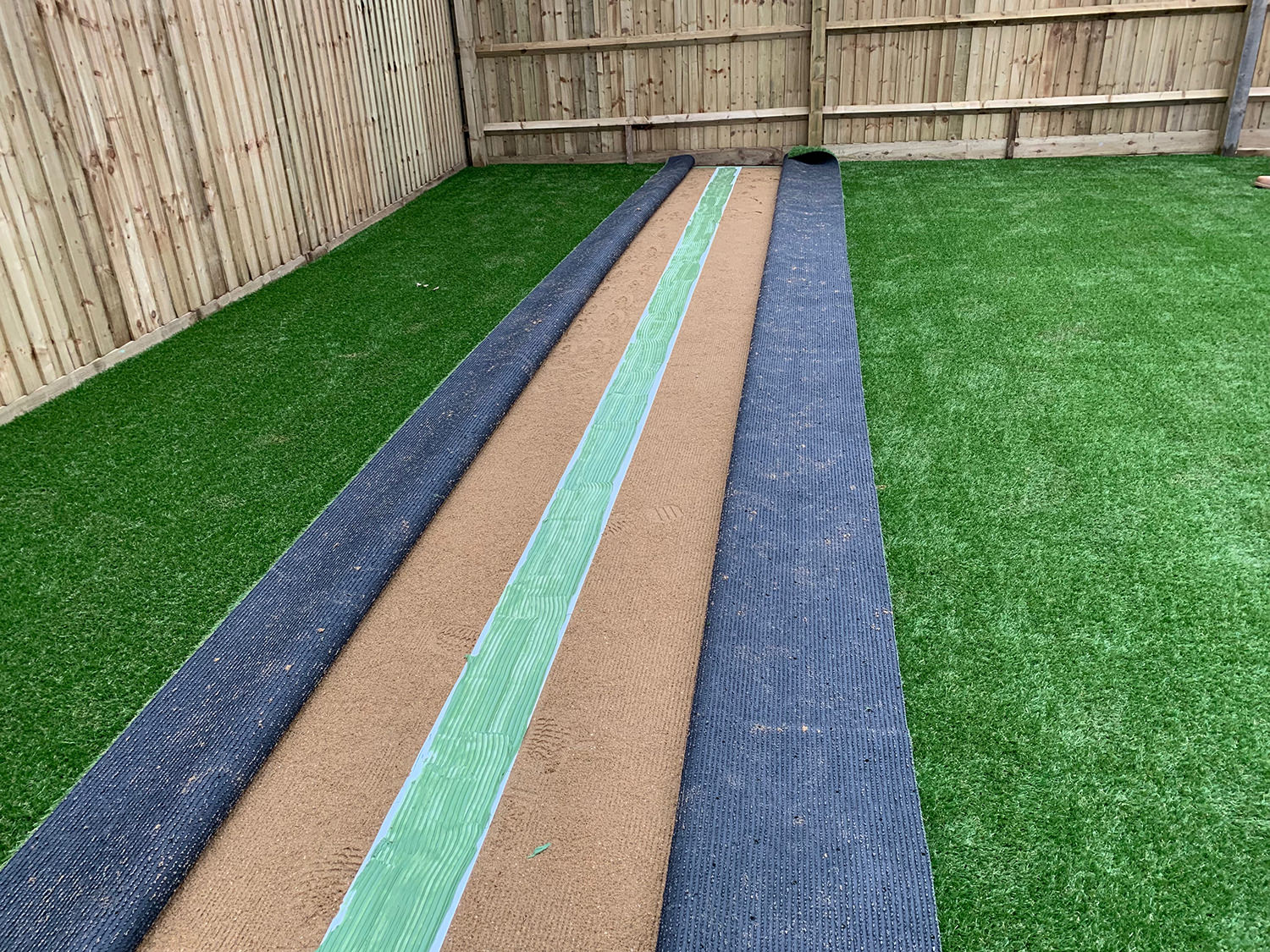 How to lay artificial grass step 7